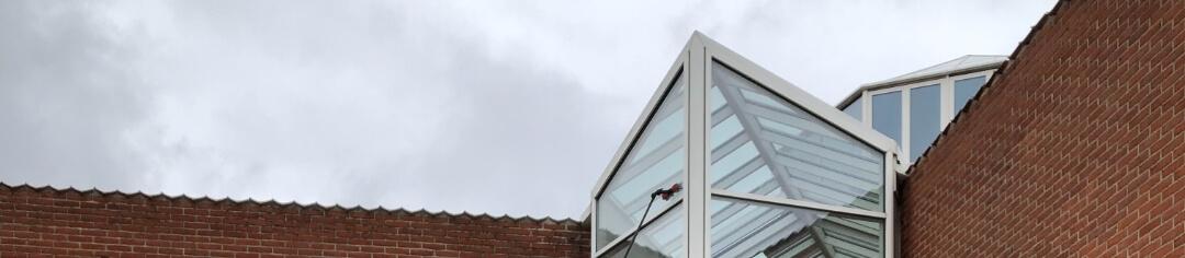 Bestil en vinduespudser i Hellerup på abonnement