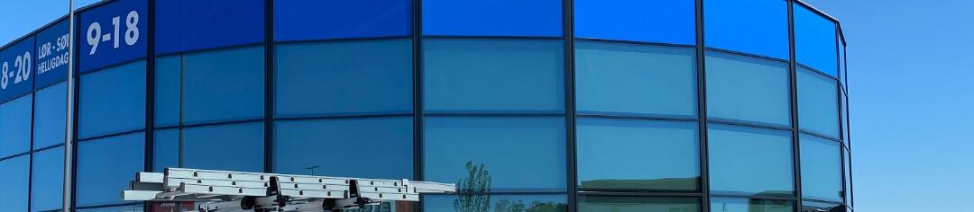 Tegn en abonnementsordning på vinduespudsning i Ballerup